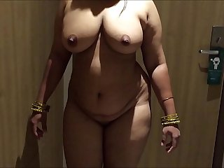 INDIAN DESI WIFE AUNTY SEXY Make believe