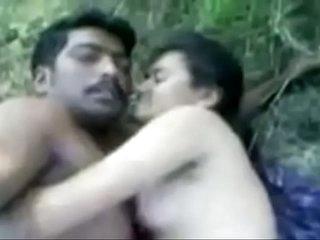 Indian Beautifull Generalized Fucking in Jungle with Boyfriend Sex Video